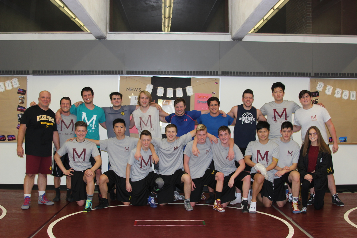 Wrestling Team Enjoys Practice with Alumni